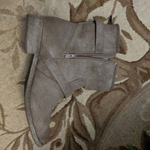 MIA Shoes - Brown rustic ankle boots